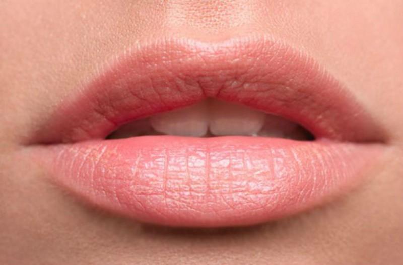 μεγάλα χείλη-pharmacyway